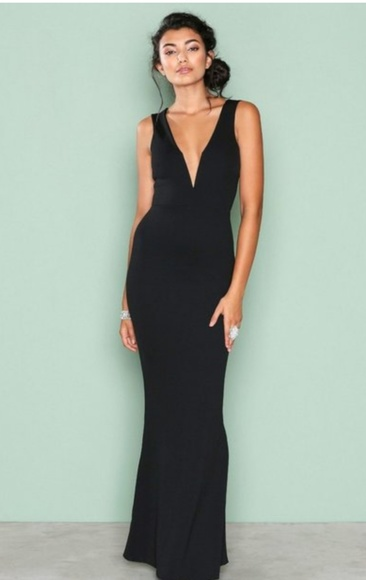 af0f2af7ed8a ... black deep plunge maxi dress. M 5b30053caa8770a86545e0b8
